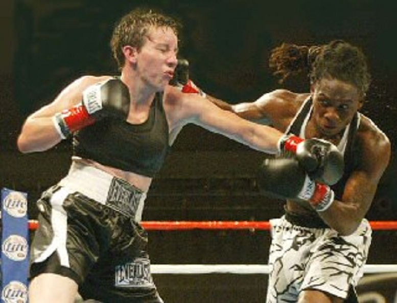 Great Female Fights from the Past: Layla McCarter vs. Chevelle Hallback II