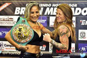 Womens-Boxing-Barby-Juarez-vs-Carolina-Duer2