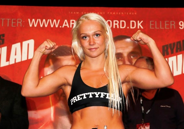 Dina Thorslund and World of Super Bantamweights