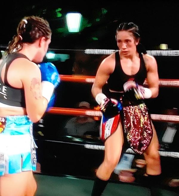 Amanda Serrano Dominates and KOs Daniela Bermudez