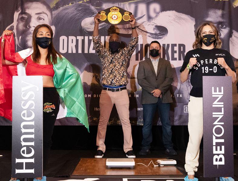 Mexico City's Anabel Ortiz vs East L.A.'s Seniesa Estrada