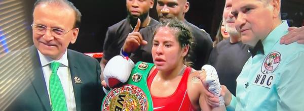 Marlen Esparza Defeats Mexico's Ibeth Zamora for WBC Flyweight Title